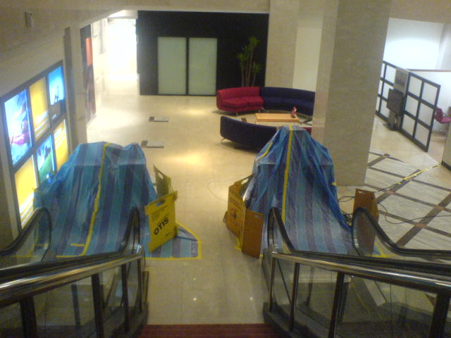Flooding Restoration and Drying of an Escalator in a Major Bank